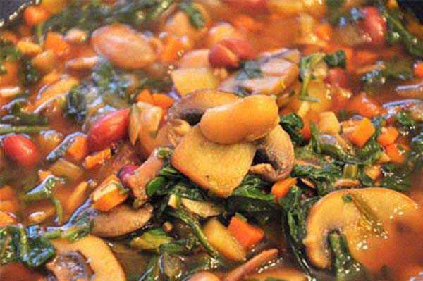 Суп с морковью и сельдереем