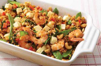 Жареный рис с креветками и сыром Хаварти